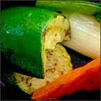 本日入荷の色々野菜と根菜のサラダ
